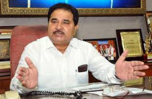 deputy cm soni wrote a letter  i want facilities like chief minister