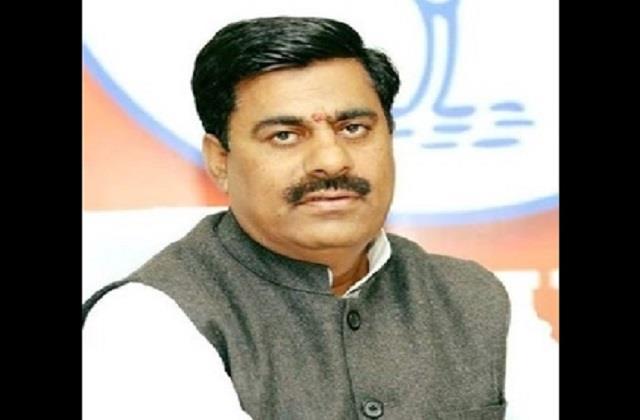 rameshwar sharma controversial statement on jodha akbar