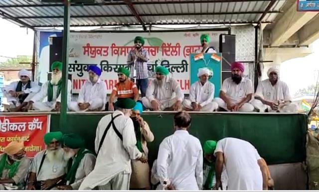 agitating farmers upset with capt amarinder singh s statement