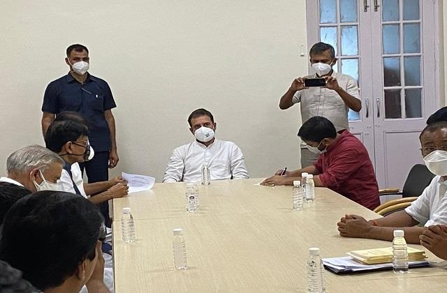 jignesh mevani and kanhaiya kumar join hands with congress