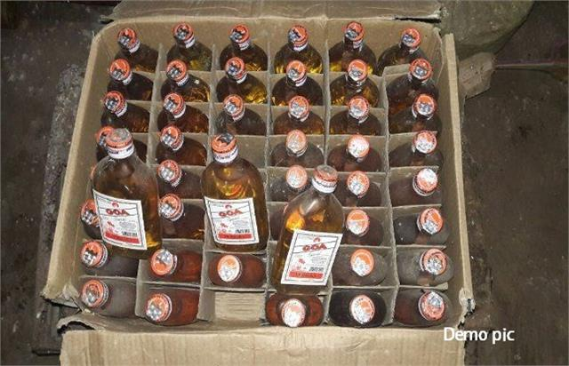 excise department team seized 41 cartons of liquor from pickup van in saran