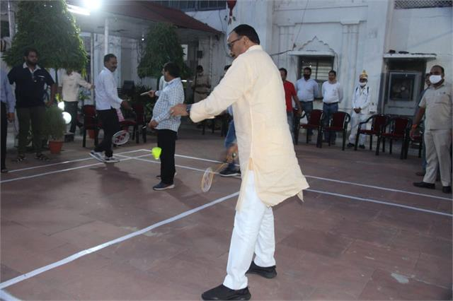 justice minister inaugurated badminton court in up press club