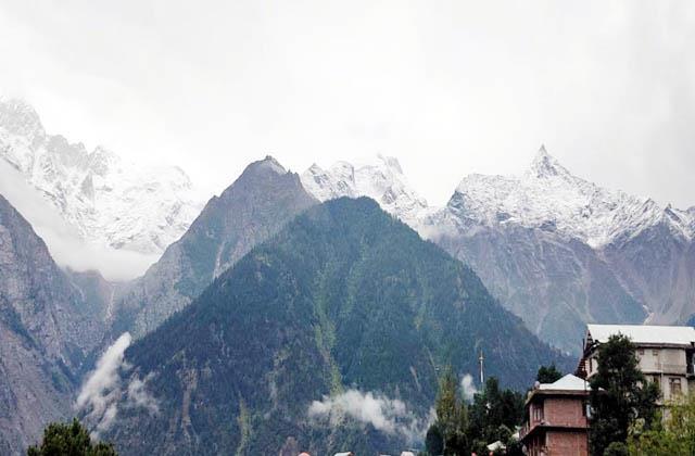 fresh snowfall on hills of kinnaur
