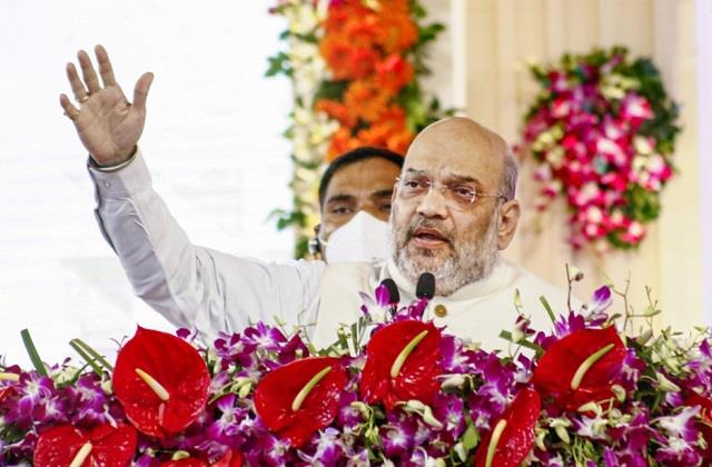 shah took a jibe at congress said surgical strike demands proof