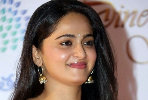 Anushka Shetty breaks silence on marriage to Indian cricketer