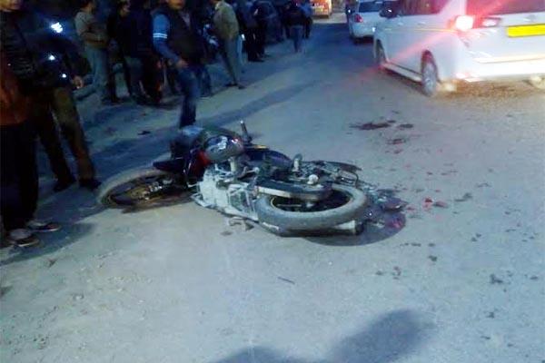 PunjabKesari, Bike Accident Image