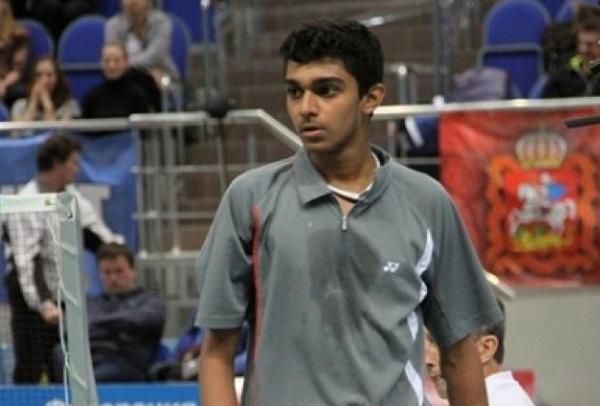 National : PV Sindhu in Final, saina in semifinal
