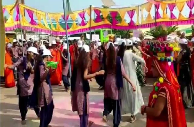 PunjabKesari, corona, guideline, madhya pradesh, khargone, by-election, crowd, violation of corona rules