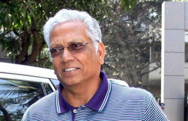 if dhoni want place in indian team he should play domestic cricket : Amarnath