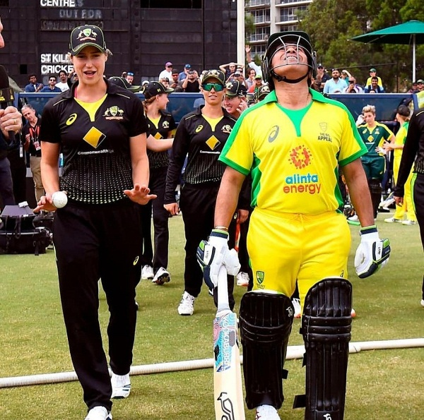 Ellyse perry breaks silence on deliberately targeting Sachin's ribs