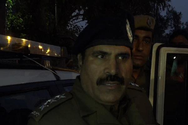PunjabKesari, police, angry, village