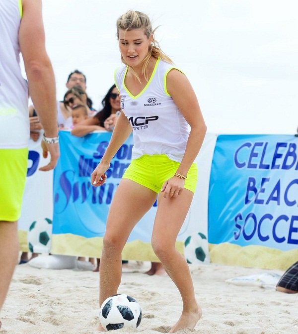 Eugenie bouchard wish complete his education after tennis career retirement