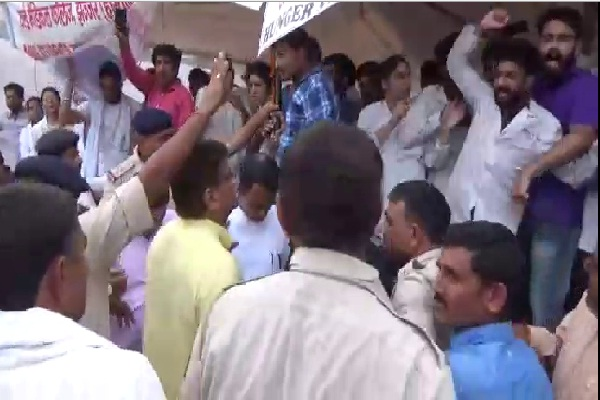 mbbs students strong opposition from agriculture minister