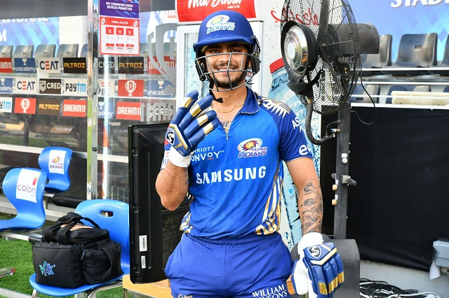 Ishaan Kishan, DC vs MI, Delhi Capitals, मुंबई इंडियंस, ईशान किशन,  IPL news in hindi,  IPL 2020, Long six, Delhi vs Mumbai 51st Match, Indian Premier League 2020