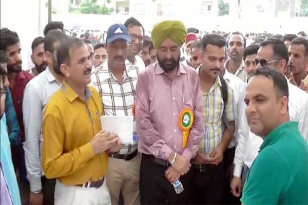 PunjabKesari, Employment Fair Image