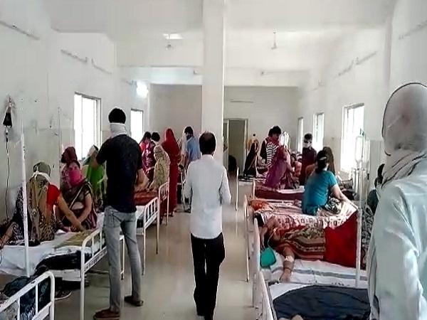 PunjabKesari, Madhya Pradesh, Panna, Panna district hospital, toilet water, water coolers