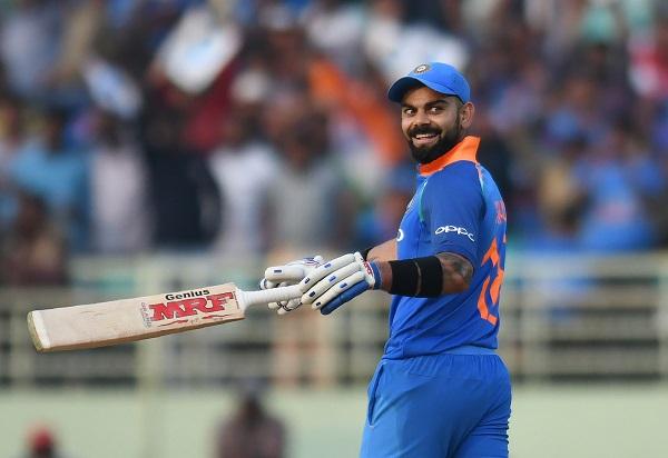 Virat Kohli, शतक लगाकर कोहली ने किया वो कारनामा जो क्रिकेट इतिहास में कोई भारतीय नहीं कर सका