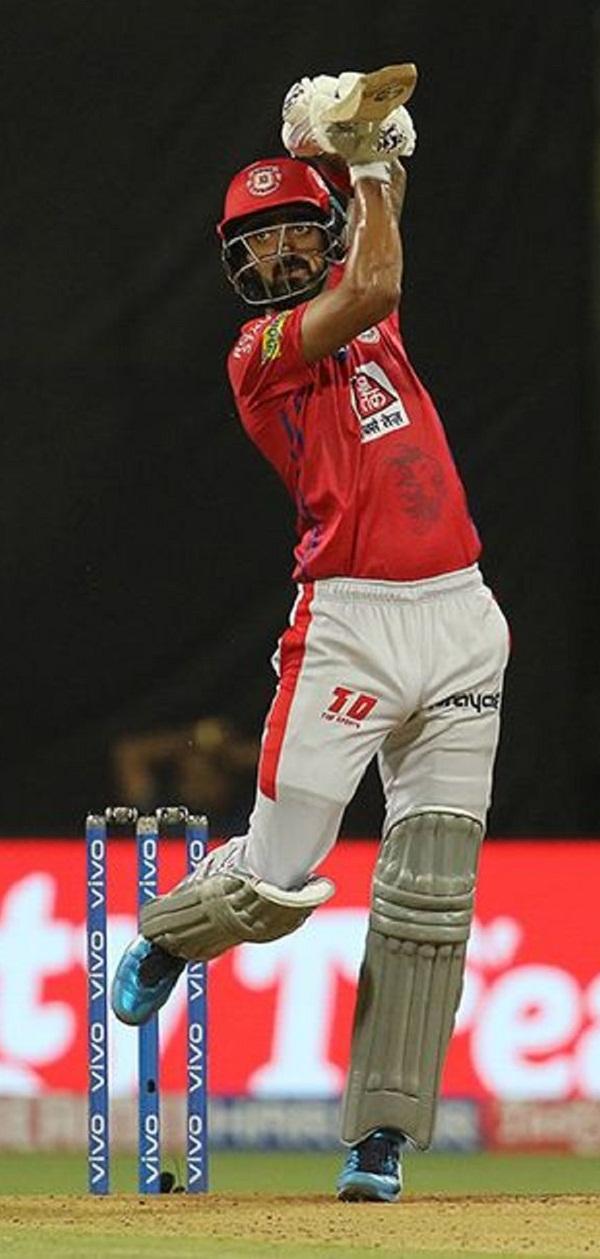 IPL 2019 : KL Rahul soaring flick six on Alzari bowling