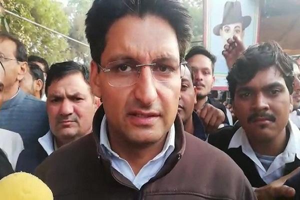 PunjabKesari, dipender hooda, government, allegation, AIMS