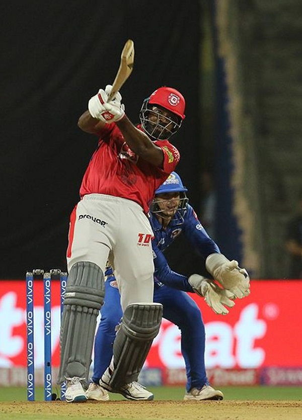 IPL 2019 : Chris Gayle Make new Records in MI vs KXIP match
