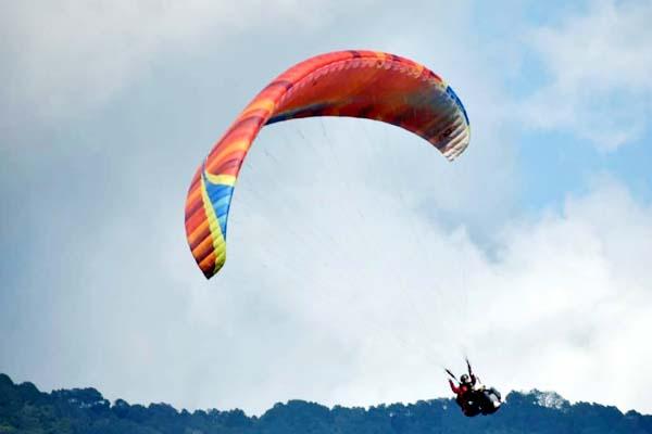 PunjabKesari, Paragliding Image