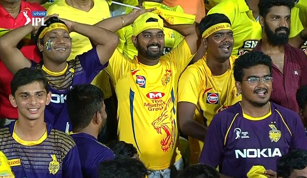 IPL 2019 : Reaction overload after harbhajan drops a skier
