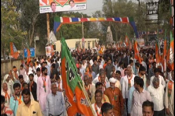 PunjabKesari, roadshow, voter, MP, appeal