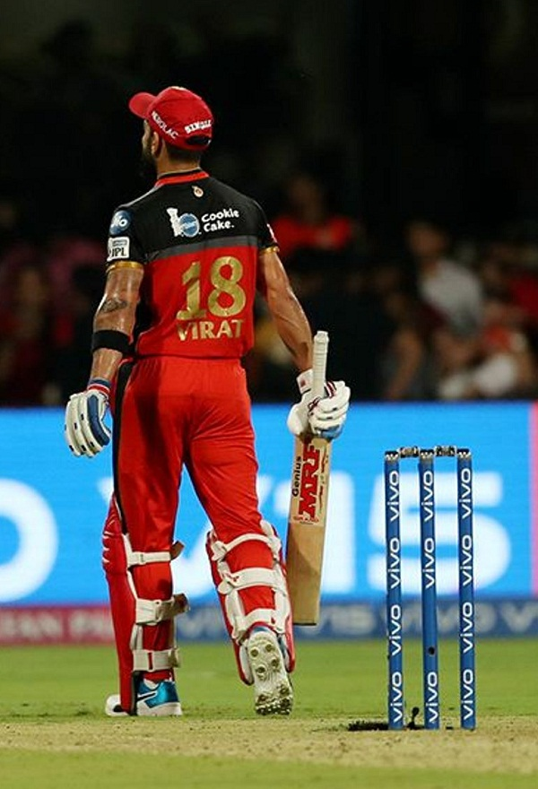 IPL 2019 : Kuldeep yadav pick the bullet shot by Virat Kohli