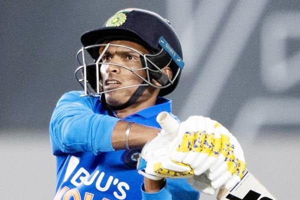 Navdeep saini told in punjabi - kaun hai ohnaan da favorite cricketer
