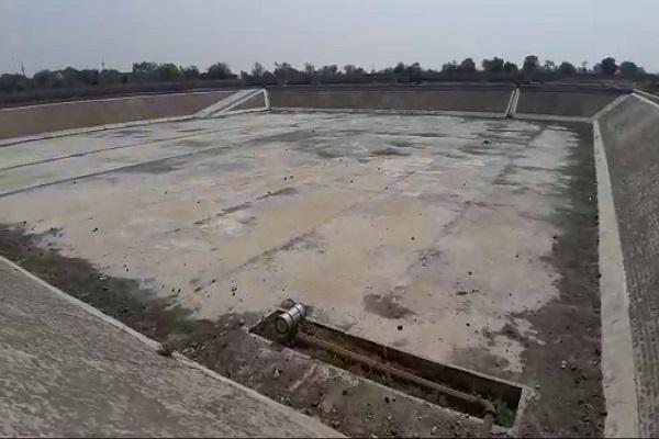 PunjabKesari, water, problem, thirsty, spent, village