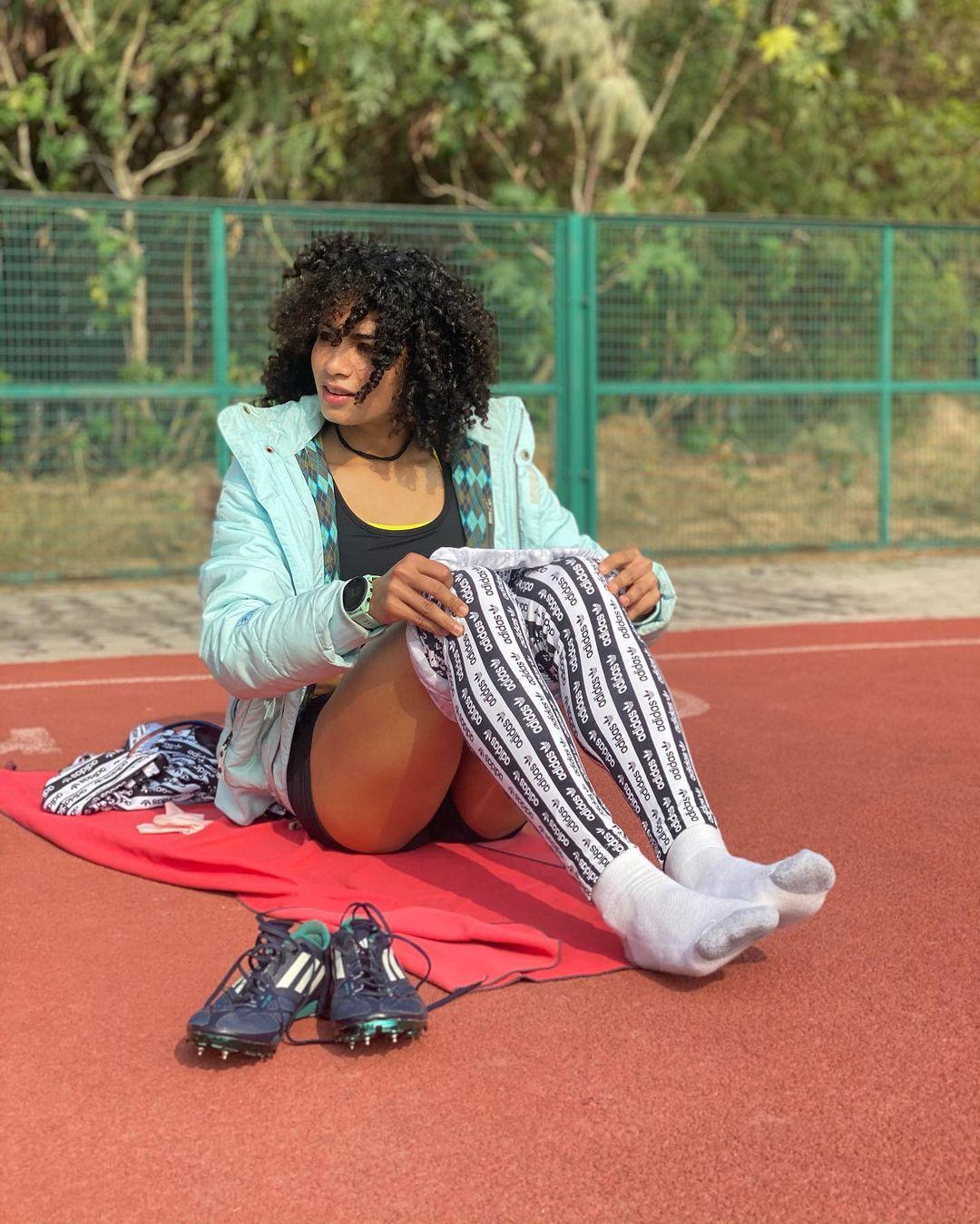Harmilan Kaur Bains, 1500 meters Race, National Record, हरमिलन कौर बैन्स, राष्ट्रीय ओपन एथलेटिक्स चैंपियनशिप, National Open Athletics Championships