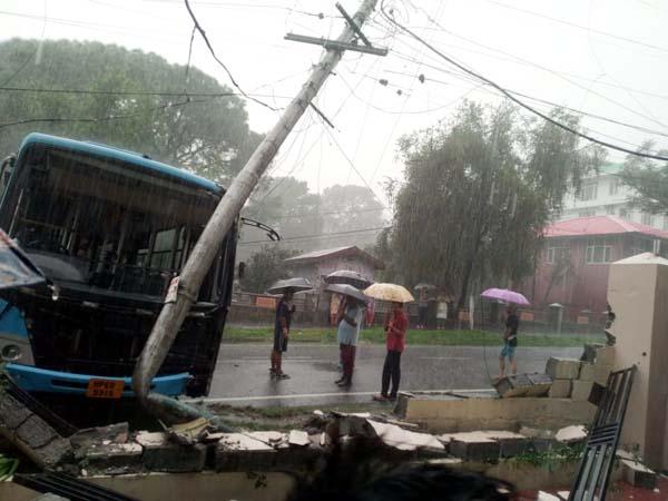 PunjabKesari, Bus Accident Image