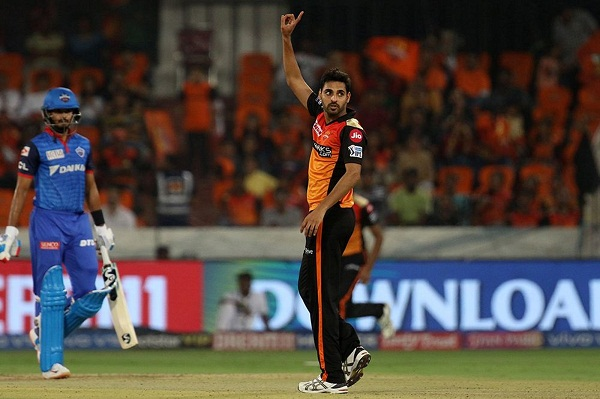 Bhuvneshwar Kumar take 100 wicket for sunrisers Hyderabad