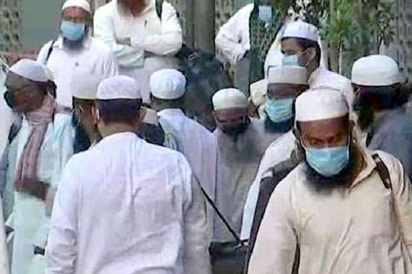 ghaziabad nurse s misbehavior costlier fir filed on 6 deposits