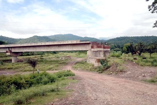 PunjabKesari, Incomplete Bridge Image